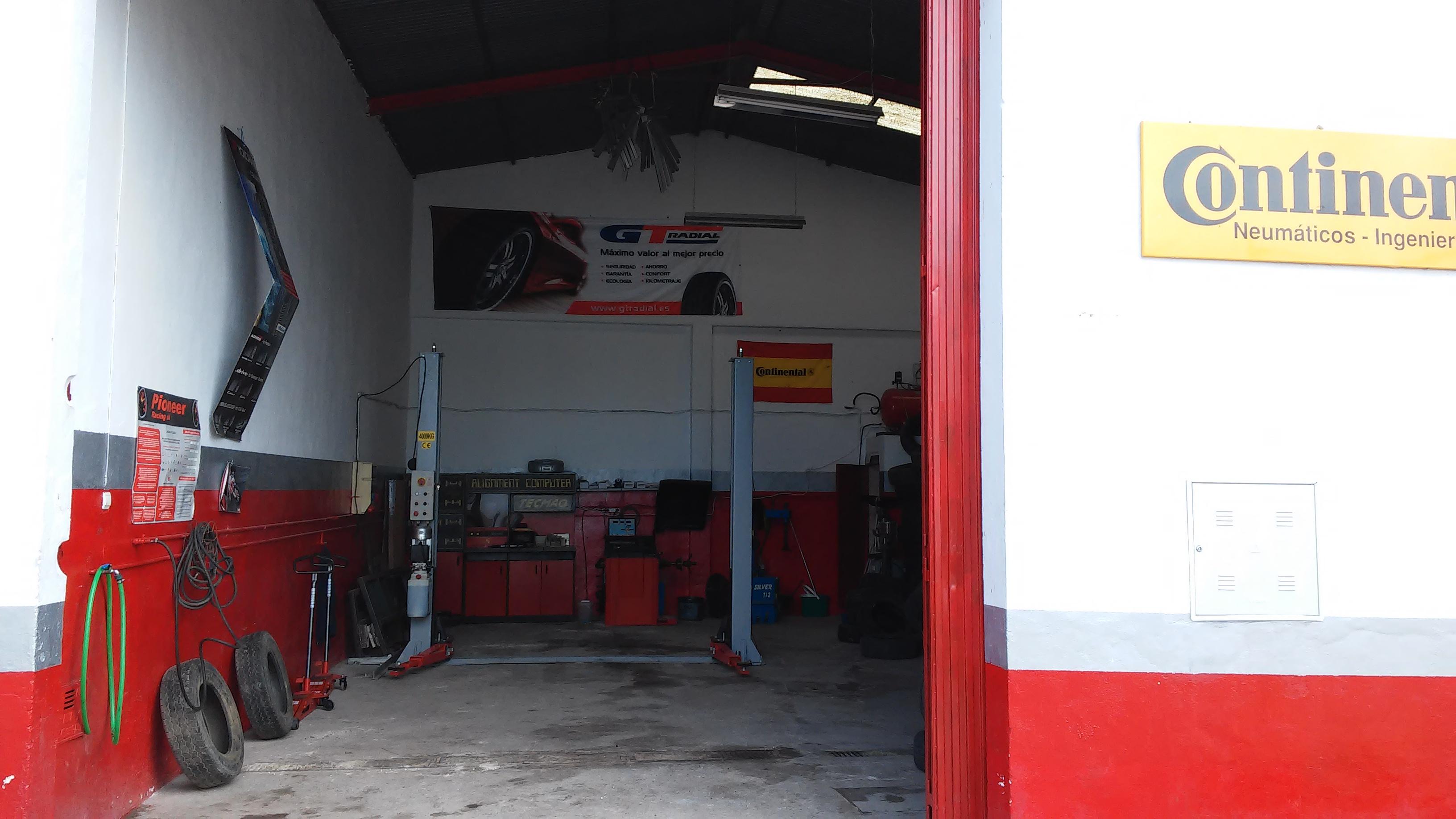 Mecauto, taller multimarcas en Montellano (Sevilla)